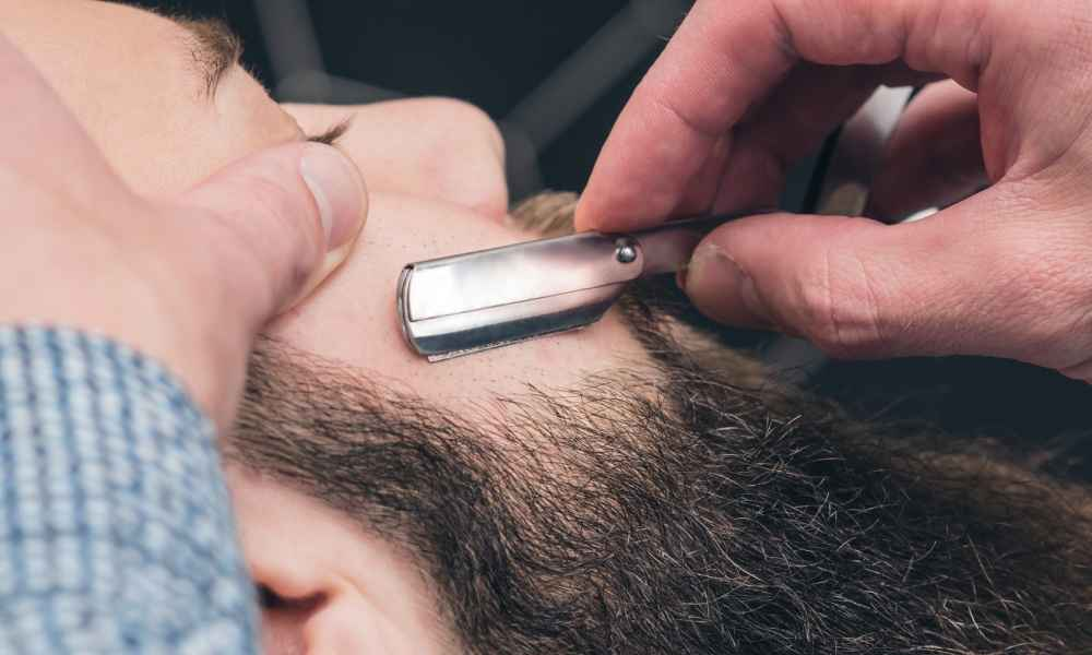 Tips on How to Stop a Razor Cut